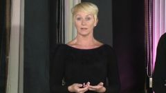 Loraine Baricchi - Ballroom - Tango - Same Foot Lunge To Contra Check